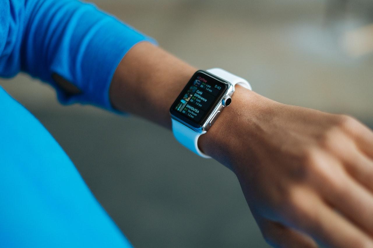 Spesifikasi smartwatch terbaik