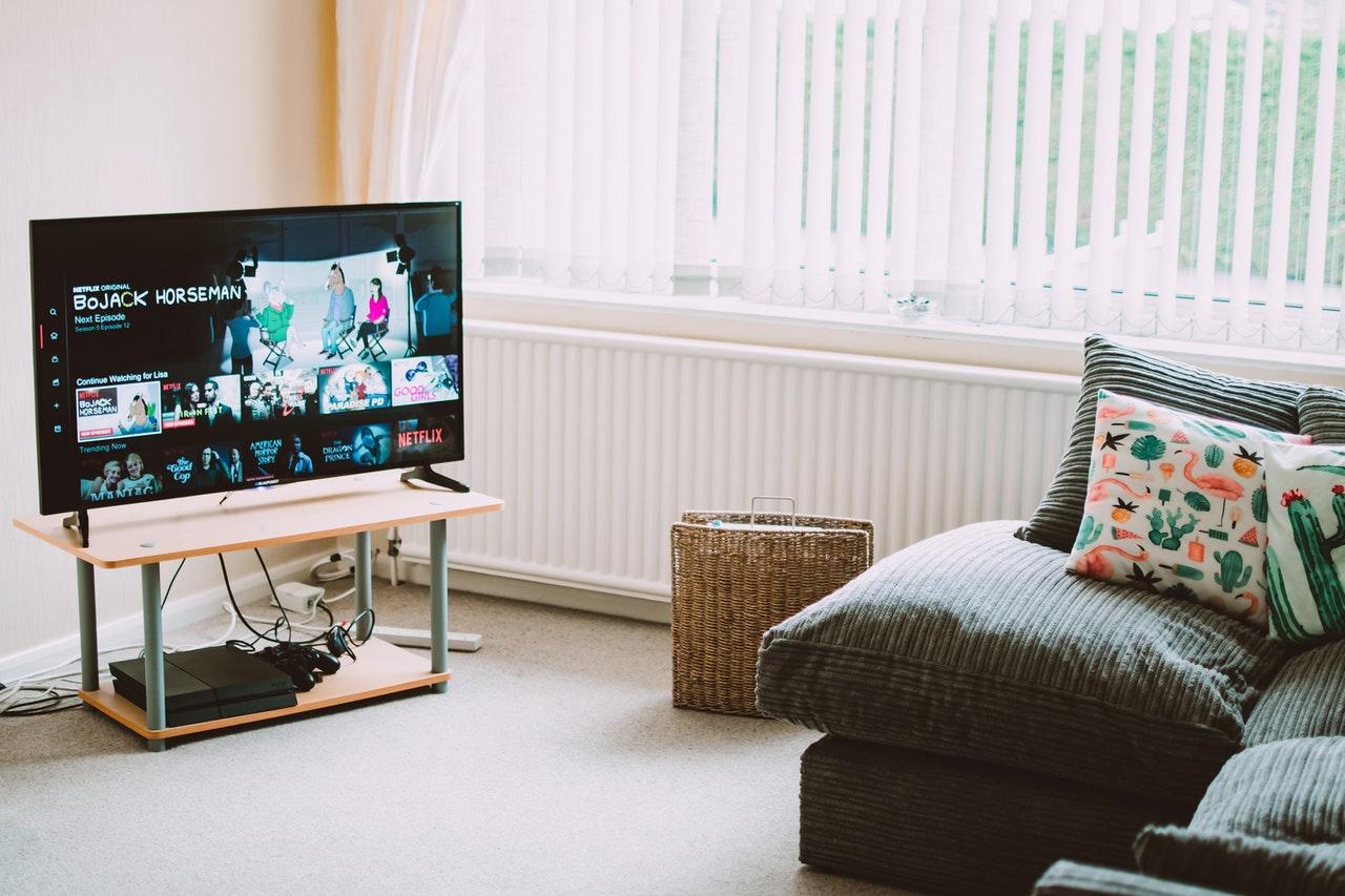 Rekomendasi ukuran smart TV terbaik