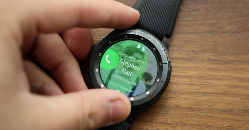 memilih fitur smartwatch terbaik