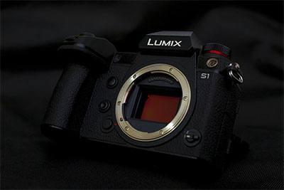 kamera lumix salah satu mirrorless terbaik