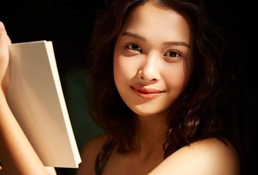 Pilih Novel Terbaik Berdasarkan Mood