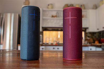 Speaker Portable Terbaik memiliki bentuk yang ringkas