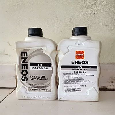 Salah satu varian oli mobil terbaik dari Eneos