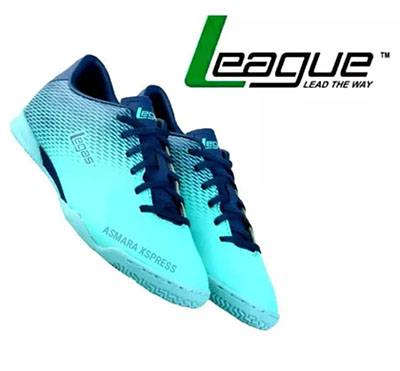 League juga memiliki sepatu futsal terbaik