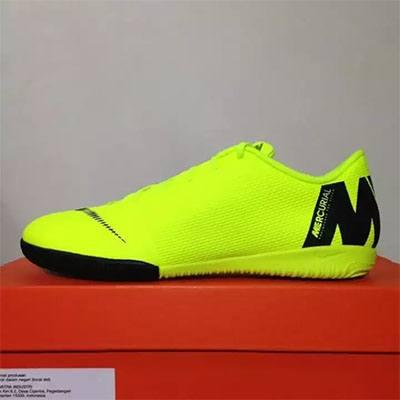 Sepatu futsal terbaik nike vapor