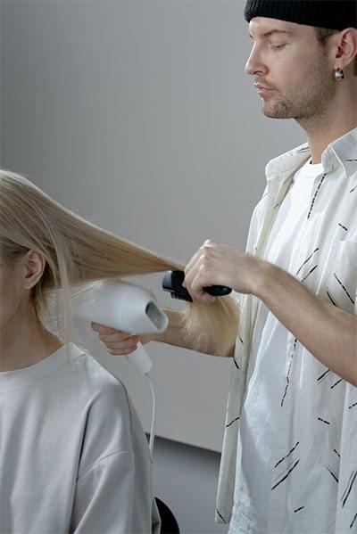 Ukuran hair dryer terbaik ideal digenggam