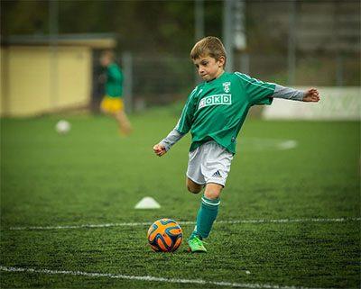 Bola sepak untuk anak terbaik