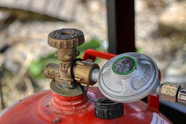 Memilih regulator kompor gas